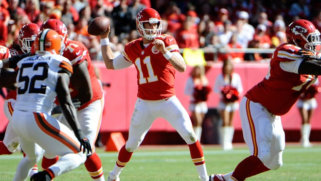 Kansas City Chiefs quarterback Alex Smith (11) throws a pass against the Cleveland Browns during a 23-17 victory on Oct. 27, 2013 and Arrowhead Stadium in Kansas City, Mo.