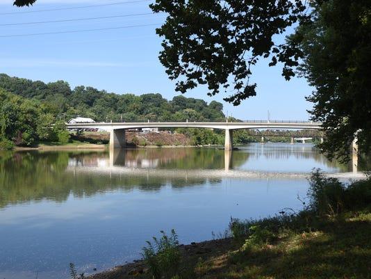 636403097142365691-zan-sixth-street-bridge.jpg