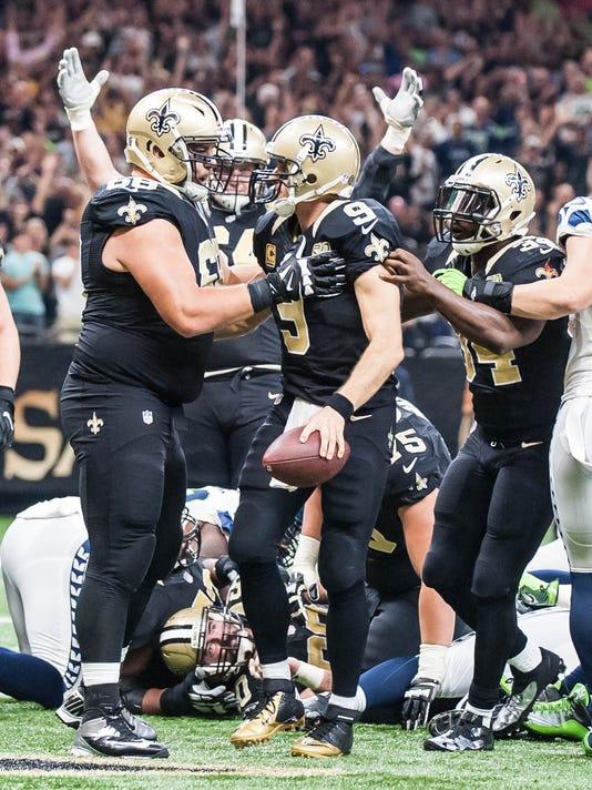 Seattel Seahawks vs New Orleans Saints                        October 30, 2016