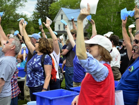 Participants in Hardwick's record-breaking dish-washing