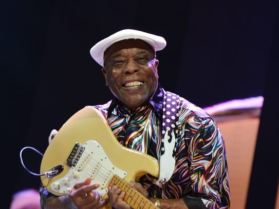Buddy Guy performs on stage during the 2013 Crossroads