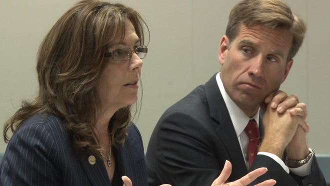 State Prosecutor Kathleen Jennings says she will not run for attorney general this fall.