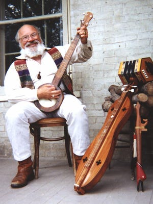 Folk musician David HB Drake will be presenting a concert celebrating Wisconsin's history and heritage Sunday, Feb. 18, at Boerner Botanical Gardens in Hales Corners.