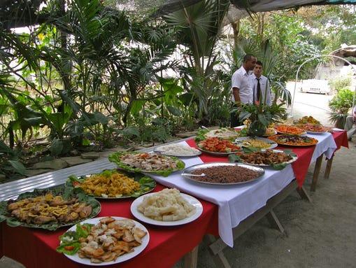 The larger hotels have an abundant breakfast buffet