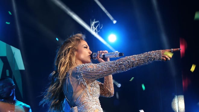 "Jennifer Lopez performs at Qatar Airways ""Gala"" at the Fox Theatre in Atlanta on May 17, 2016."