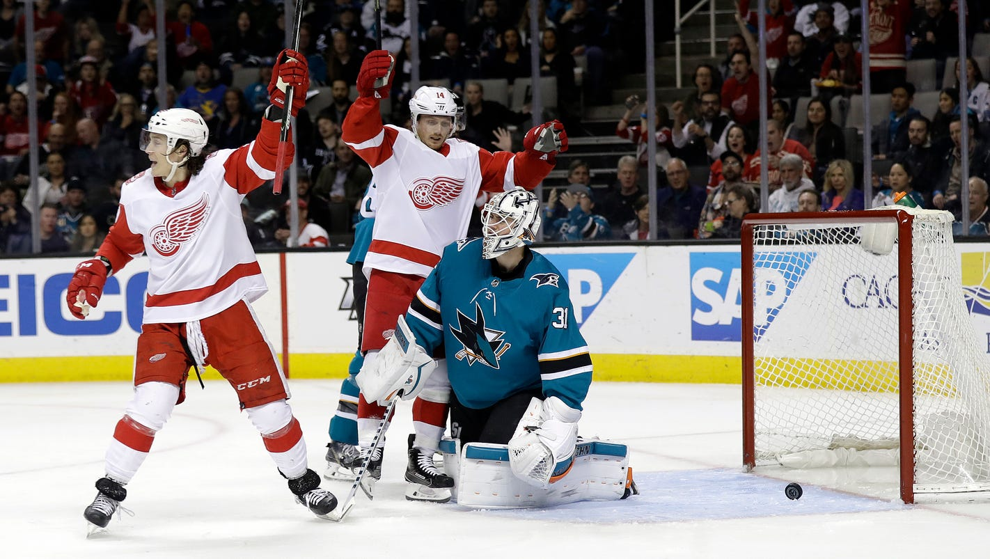 Photos: Sharks vs. Red Wings