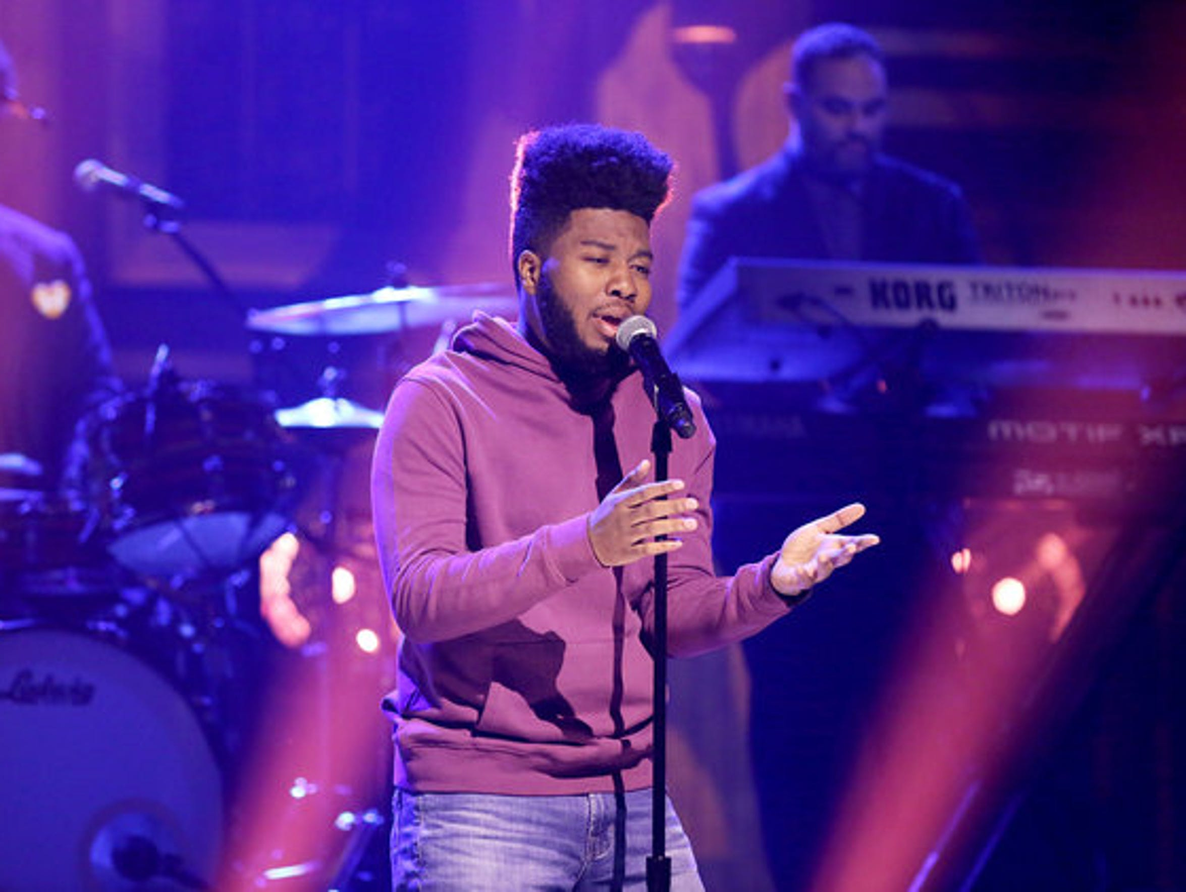 El Paso singer-songwriter Khalid performs his hit song