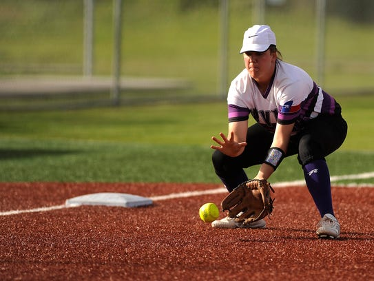 Wylie third baseman Bailey Buck (4) fields a ball during