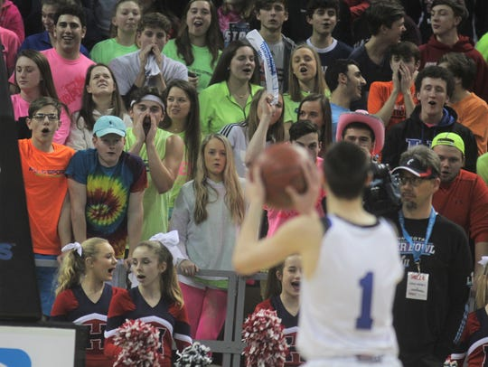 St. Henry students try to distract CovCath senior CJ