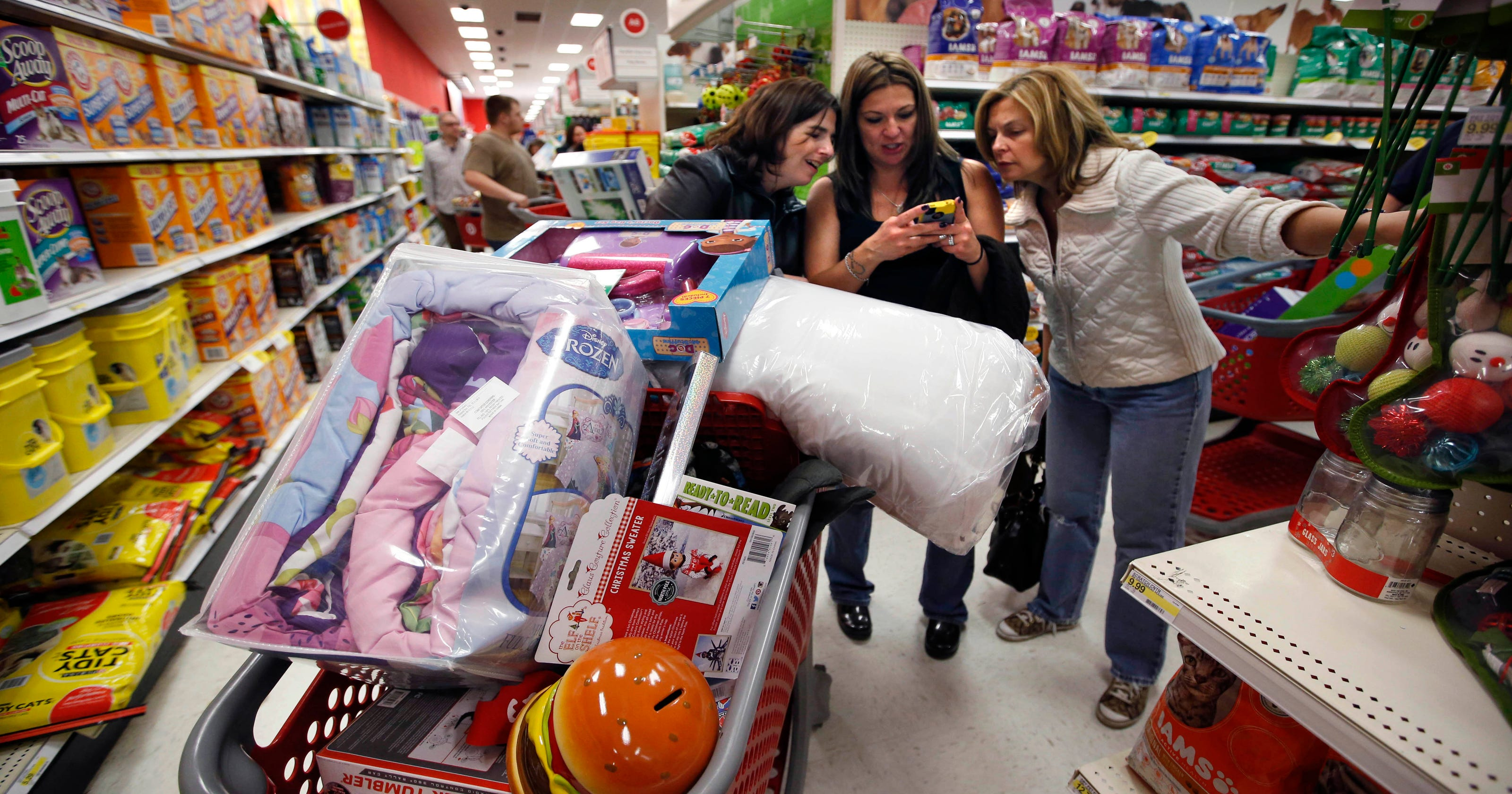 retailers lure shoppers with last minute deals - Stores Open On Christmas 2014