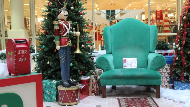 """Santa Land at the Centre of Tallahassee closed because of """"scheduling inconsistencies."""""""
