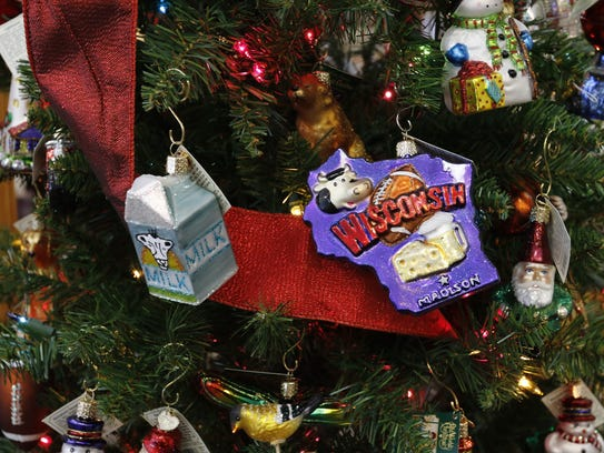Wisconsin-themed ornaments on display at Ivy Trails