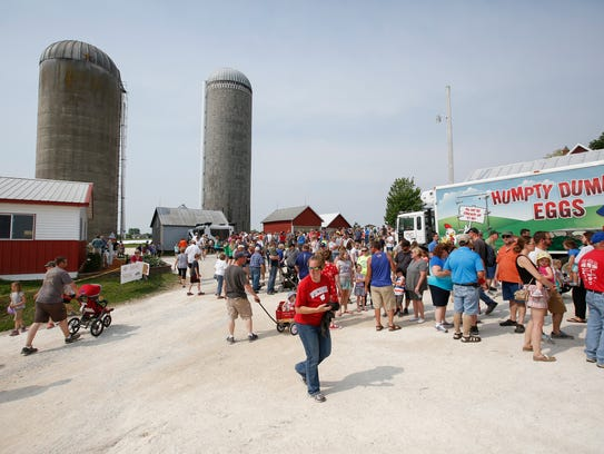 Manitowoc County Breakfast on the Farm hosted by Habeck