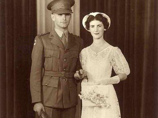 635926993314493878--1-Waukegan-marriage-1946.jpg