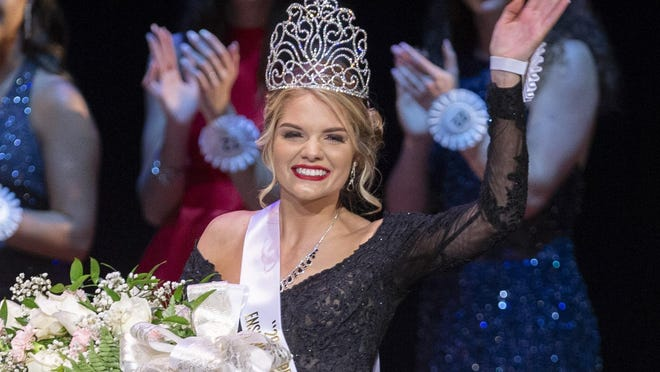 Emma Kirkbride is crowned the 2019 Pro Football Hall of Fame Enshrinement Festival queen at the Canton Palace Theatre.