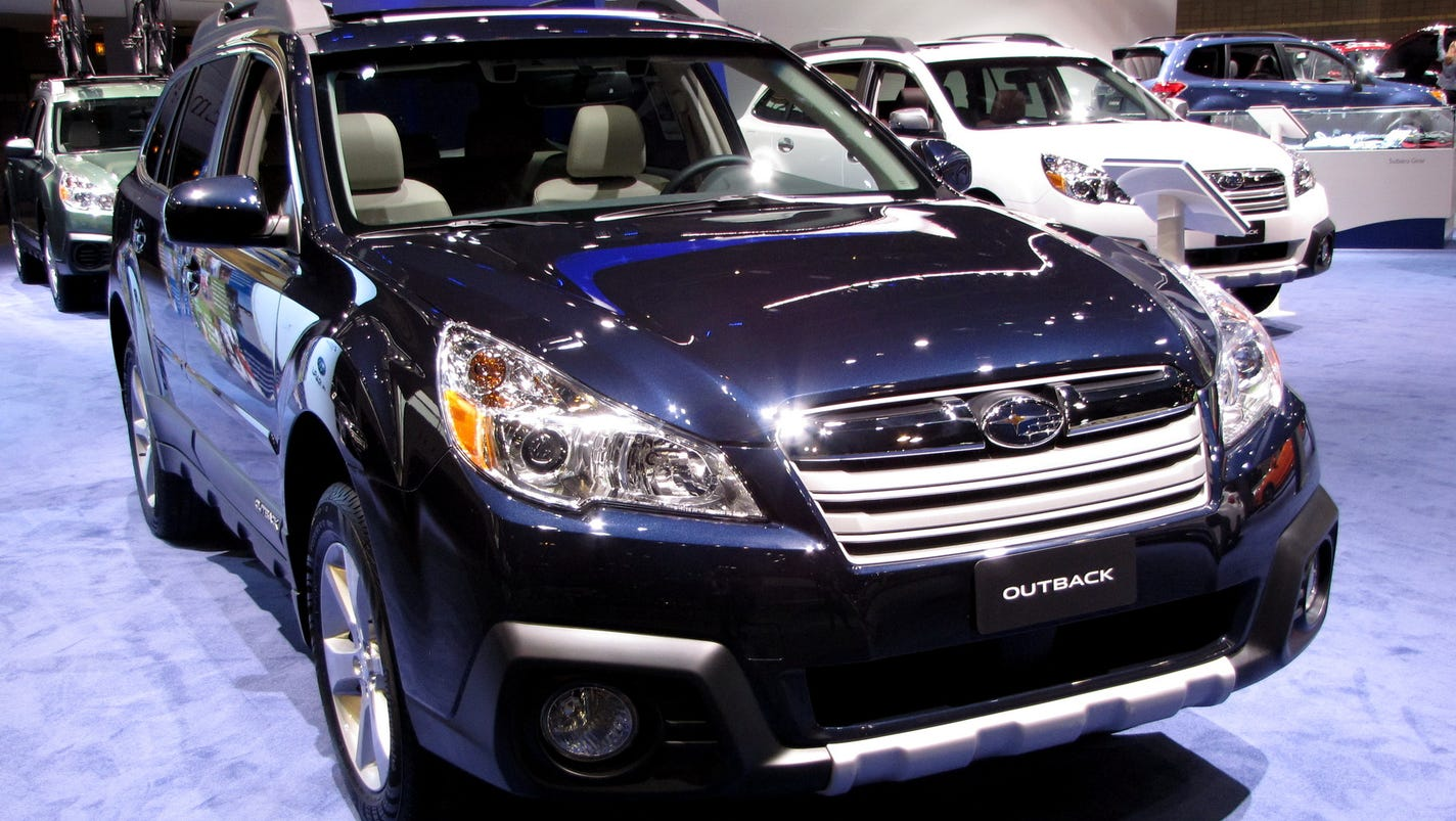 2014 subaru outback a smart sized wagon vanachro Images