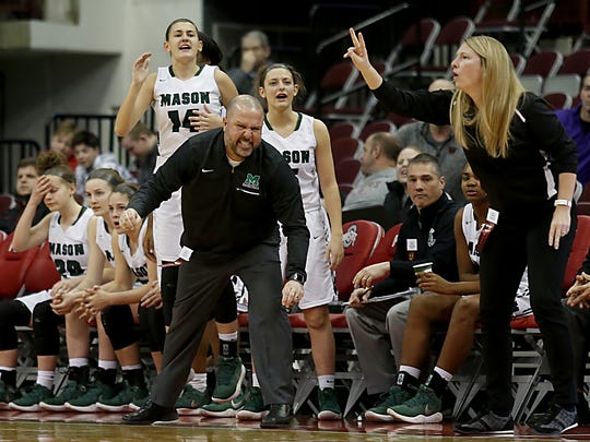 Mason head coach Rob Matula encourages his team against Pickerington Central during their Division I semifinal at Jerome Schottenstein Center in Columbus Friday, March 16, 2018.