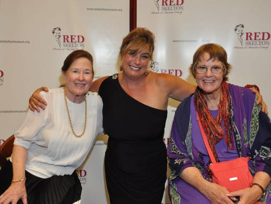 Lothian Skelton, Anne Pratt and Valentina Alonso, Red