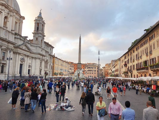 636531897425650059-italy-rome-piazza-navona-121417-rs.jpg