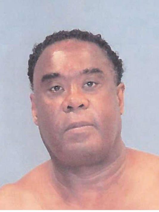 636096498056938033-Oak-Park-suspect.JPG