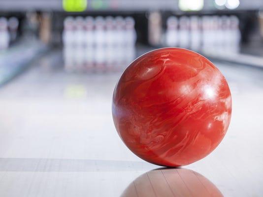 636219403685816697-Bowling2.jpg