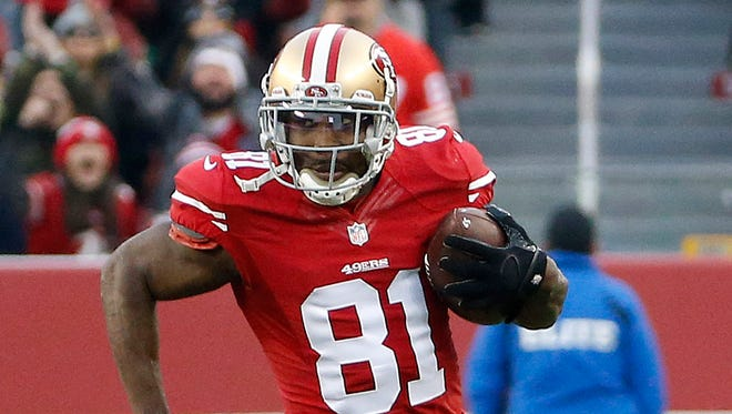 San Francisco 49ers wide receiver Anquan Boldin runs against the St. Louis Rams on Jan. 3, 2016.