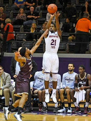 Sabri Thompson scored 34 points to lead NSU past Toronto. The Demons were 4-0 in Canada.
