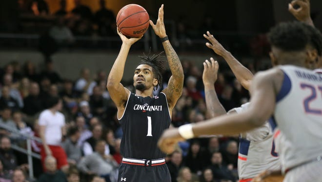 Former Cincinnati Bearcats guard Jacob Evans III (1) is projected as a late first-round pick or early second-round choice in the 2018 NBA Draft on Thursday.