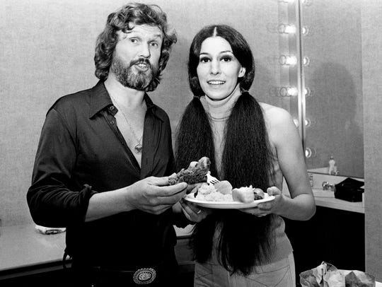 Kris Kristofferson and wife Rita Coolidge share a meal