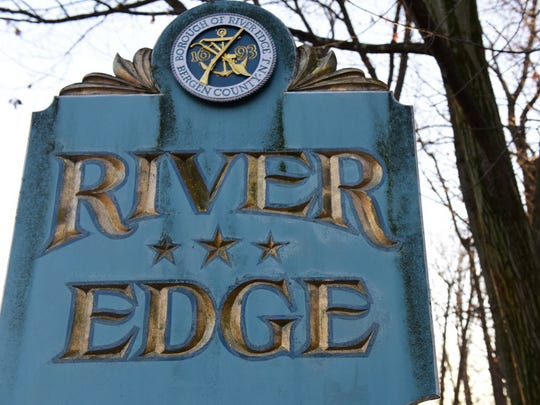 River Edge welcome sign.