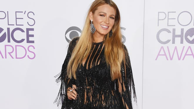"""""""Thank you for sending a message to Hollywood,"""" Blake Lively told the People's Choice audience."""