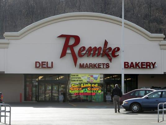 635984115503361647-Remke-storefront.jpg