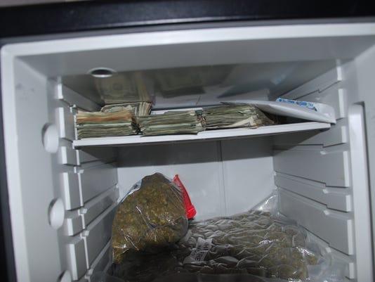 grapeland+money+safe.jpg