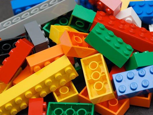 1024px-Lego_Color_Bricks.jpg