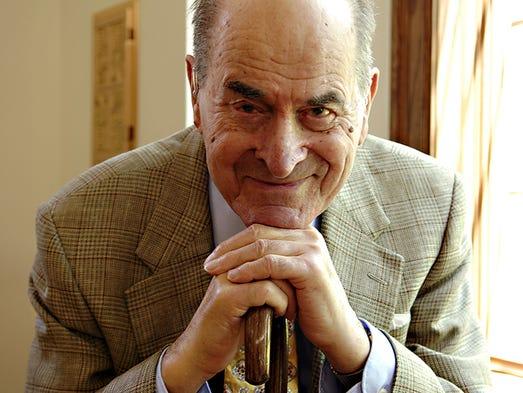 Dr. Henry Heimlich, 92, developer of the Heimlich maneuver,