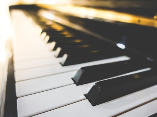 #ARNgenEnt-live-music-piano