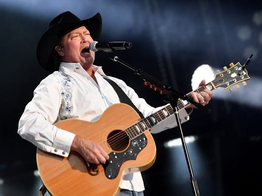 Tracy Lawrence will perform Jan. 11 at the Performing Arts Center at Kent State University at Tuscarawas in New Philadelphia.