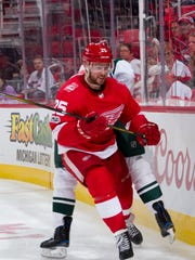 Red Wings defenseman Mike Green could be dealt before