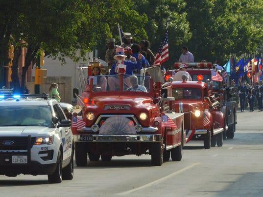 Kell House Parade 2