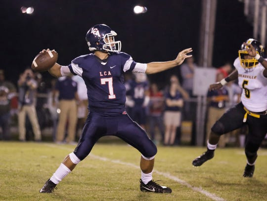 Lafayette Christian quarterback Zachary Clement rushed