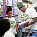 Packers DT Mike Daniels tackles toy aisles with at-risk kids