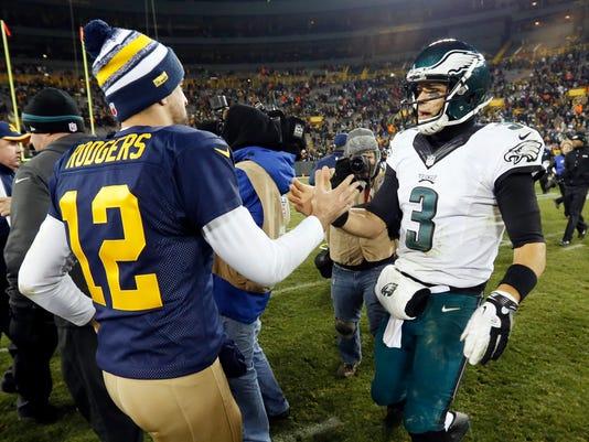 Eagles Packers Footba_Schu(3).jpg