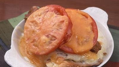 Lynn's Paradise Cafe's Hot Brown