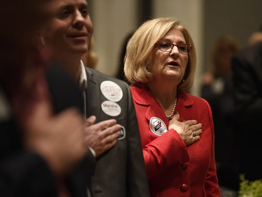 Tennessee gubernatorial candidate Diane Black sings
