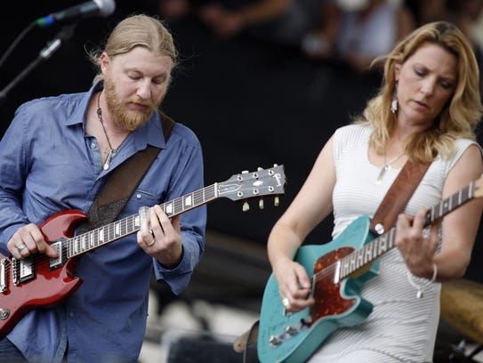 Derek Trucks and Susan Tedeschi of Tedeschi Trucks