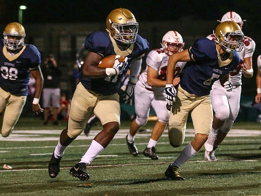636444404732496492-1013-hsfb-Center-Grove-Cathedral-JRW011.JPG