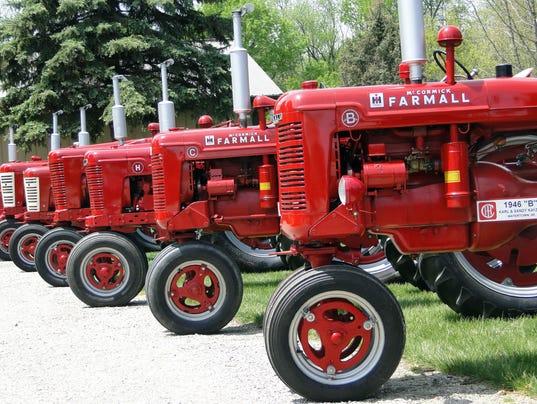 WSF 0519 Gloria tractor show 2