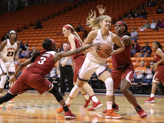 636471464636004139-UTEP-vs.-Arkansas-5.jpg