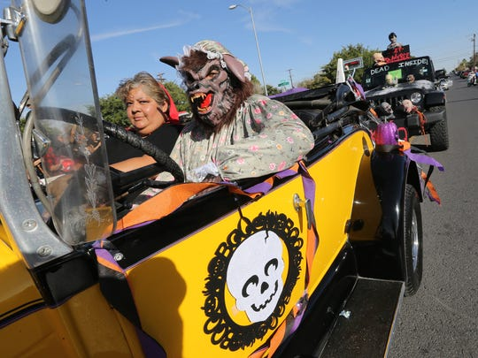 A big, bad wolf drove a car in a previous KLAQ Halloween Parade.