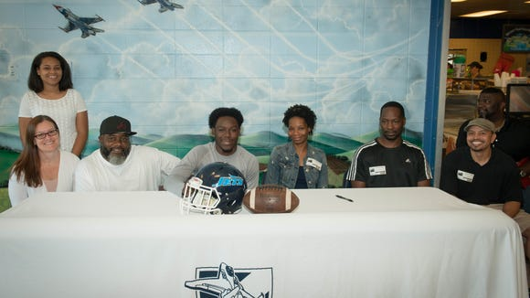 Enka senior Donyaill Gaines has signed to play college